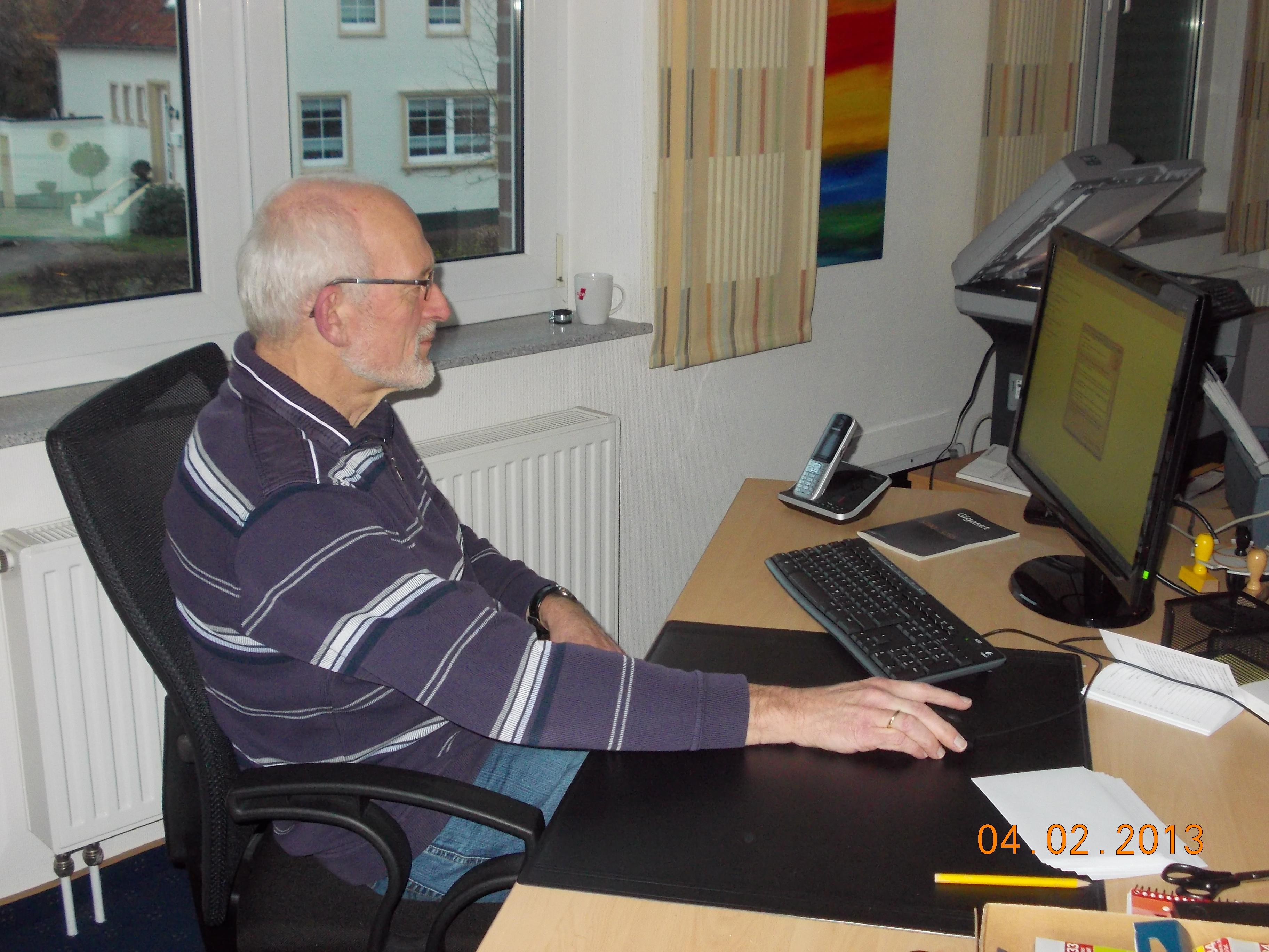 Mr. Zuverlässig: Hans-Otto Saatkamp ist unsere treue Büroseele !